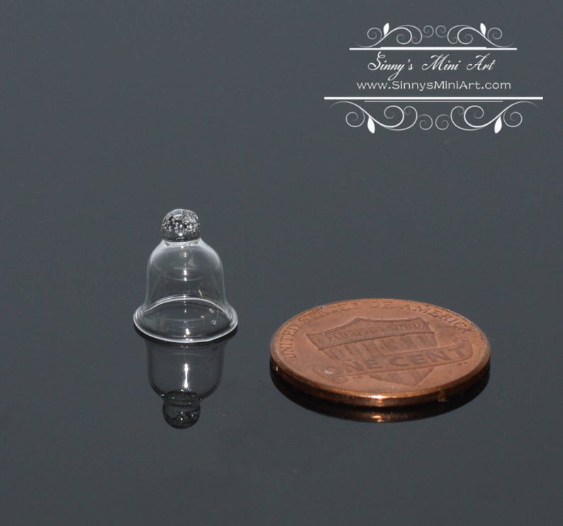 1:12 Dollhouse Miniature Glass Bell/ Cloche- Small BD HB311
