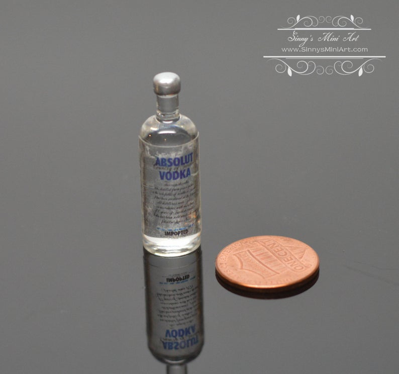 1:6 Dollhouse Miniature Vodka / Miniature Alcohol Barbie Blythe Drink C30