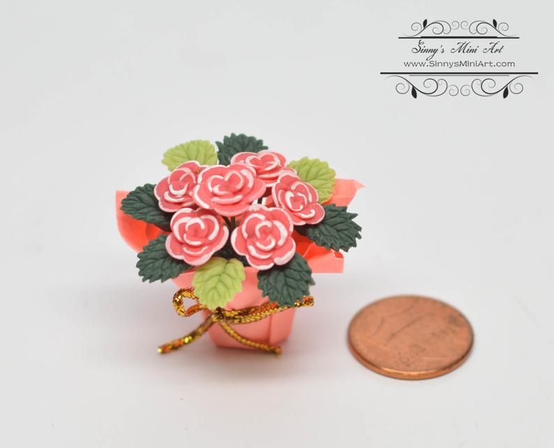 1:12 Dollhouse Miniature Pink Floral Arrangement in Wrapped Pot BD A015