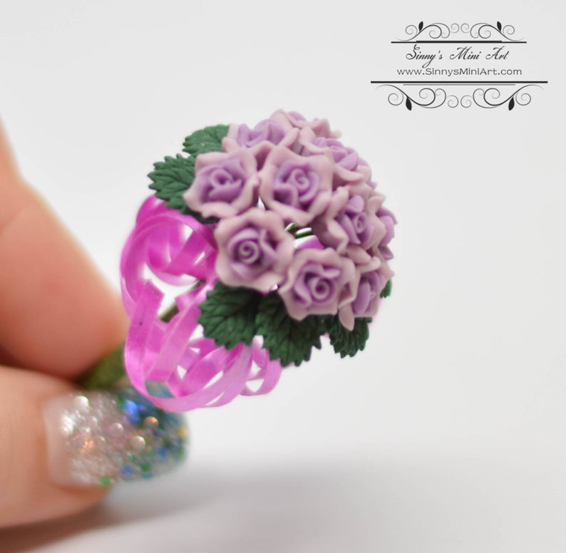 1:12 Dollhouse Miniature Purple Rose Bridal Bouquet BD E2903