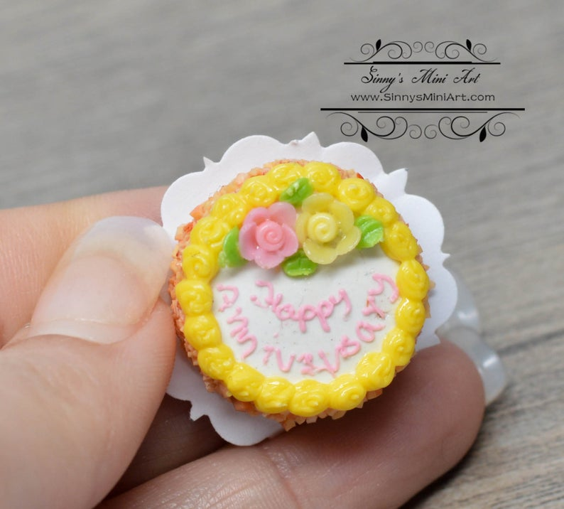 1:12 Dollhouse Miniature Happy Anniversary Cake BD K1409
