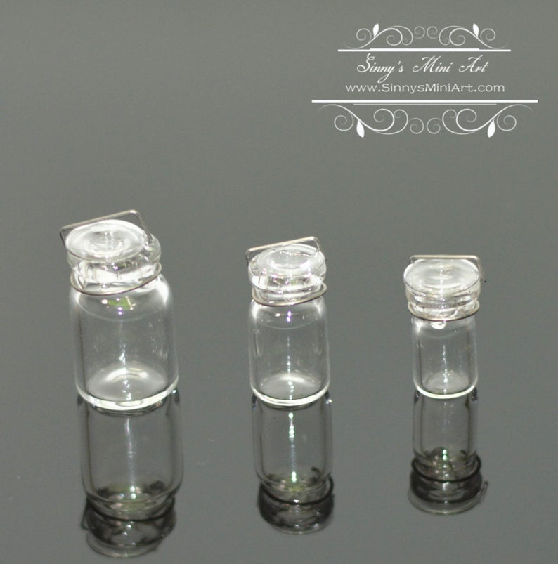 1:12 Set of Three Glass Canning Jars BD HB075