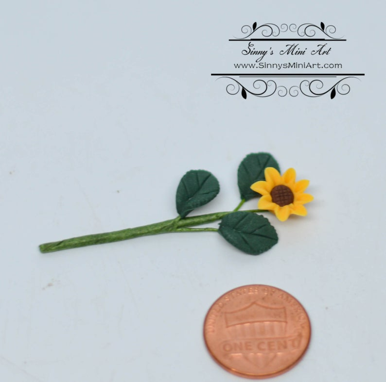 1:12 Dollhouse Miniature Single Small Sunflower with Leaves BD E2801