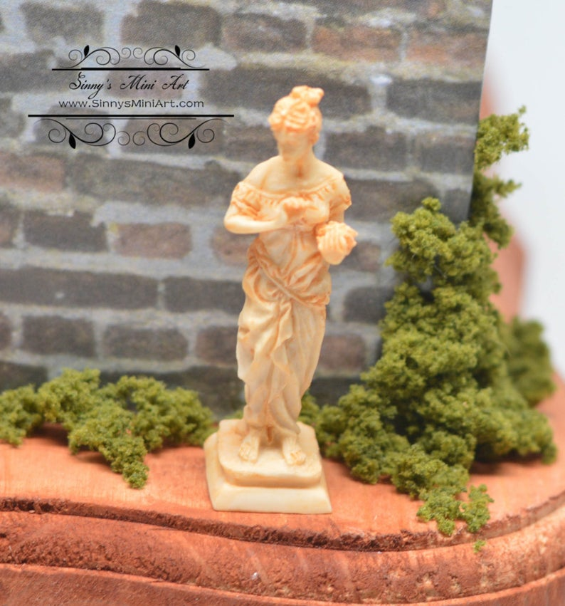 1:12 Dollhouse Miniature Goddess Statue, Miniature Statue, Tan AZ A0992TN