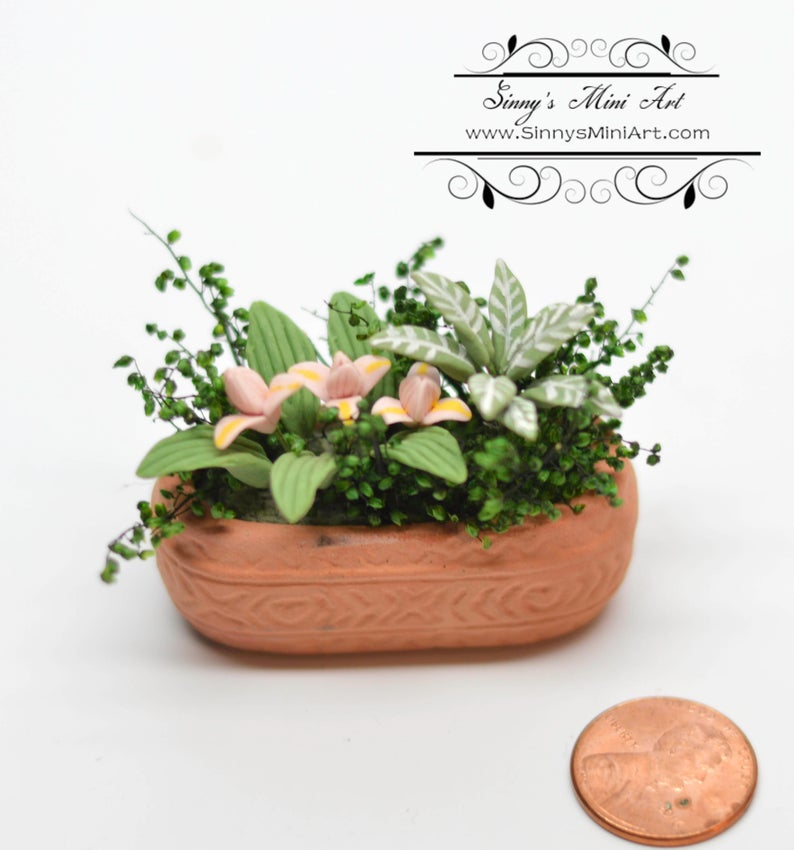 1:12 Dollhouse Miniature Assorted Flowers in Clay Planter, Pink BD A077