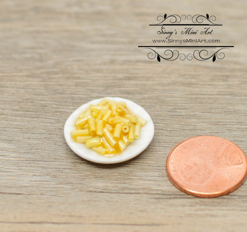 1:12 Dollhouse Miniature Macaroni and Cheese on Plate / Miniature food/ BD F048