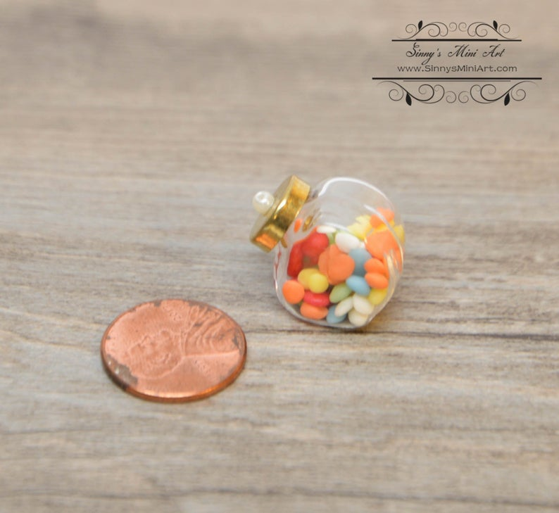 1:12 Dollhouse Miniature Candy in Glass Jar with Lid/ Miniature Candy/ Doll Candy BD K2613