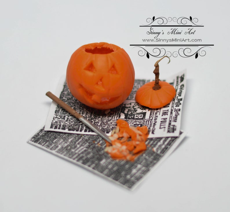 1:12 Dollhouse Miniatures Jack-O-Lantern/Miniature Pumpkin Carving Set ATTH S-3