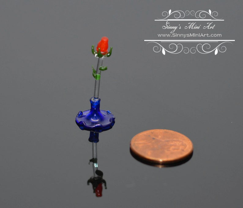 Dollhouse Miniature Red Rose Centerpiece Sculpture BD C007