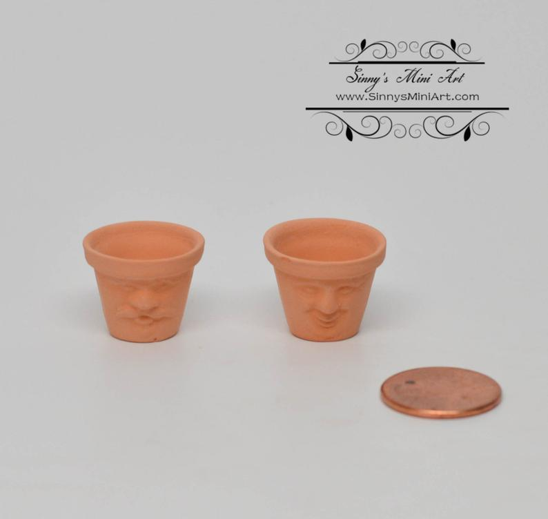 A Pair 1:12 Dollhouse Miniature Face Clay Pots (Set of 2)/ Miniature Gardening BD B243