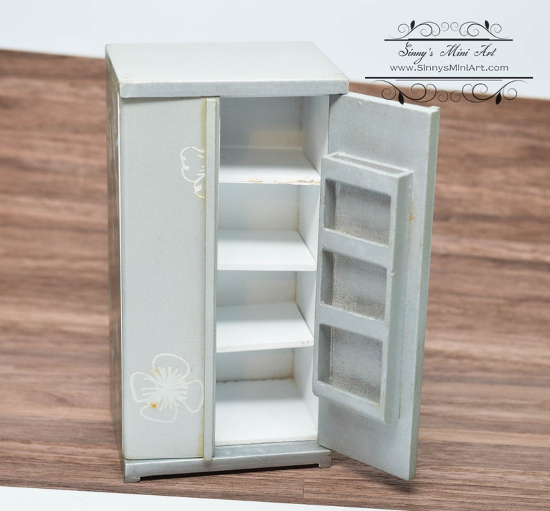 1:12 Dollhouse Miniature Silver Fridge with Cabinet-/Miniature Fridge AZ GM015