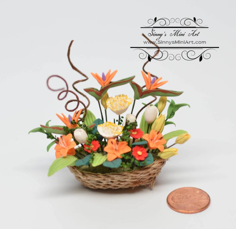 1:12 Dollhouse Miniature Bird-of-Paradise Floral in Basket/Miniature Flowers BD A1017