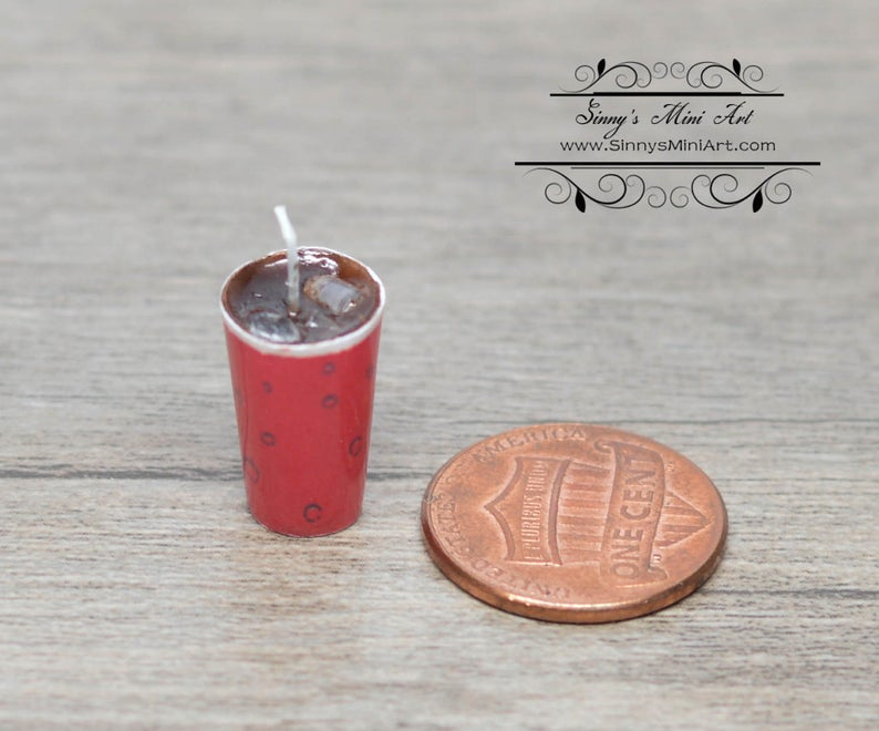 1:12 Dollhouse Miniature Cola in Cup with Ice and Straw BD F331
