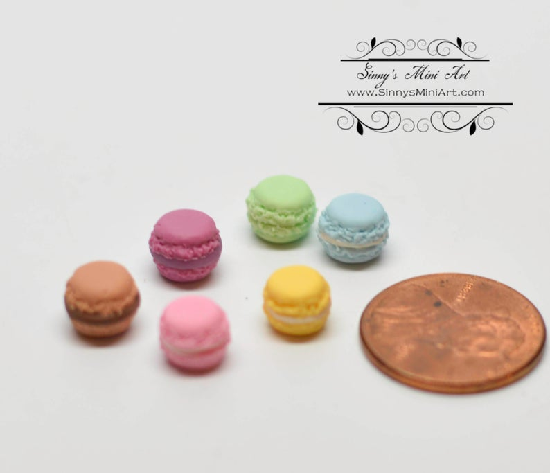 1:12 Dollhouse Miniature Macaroons -6 Assorted BD K065