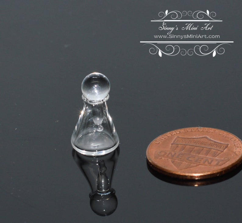 1:12 Dollhouse Miniature Glass Flask with Top BD HB106