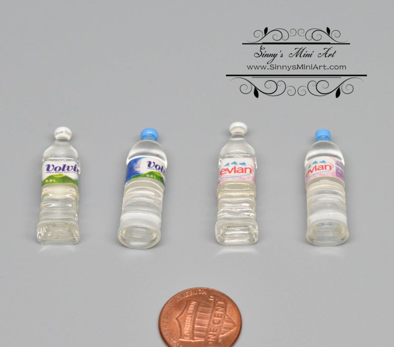 1:6 A Set of Dollhouse Miniature Bottle Water ( 4 PC) D103