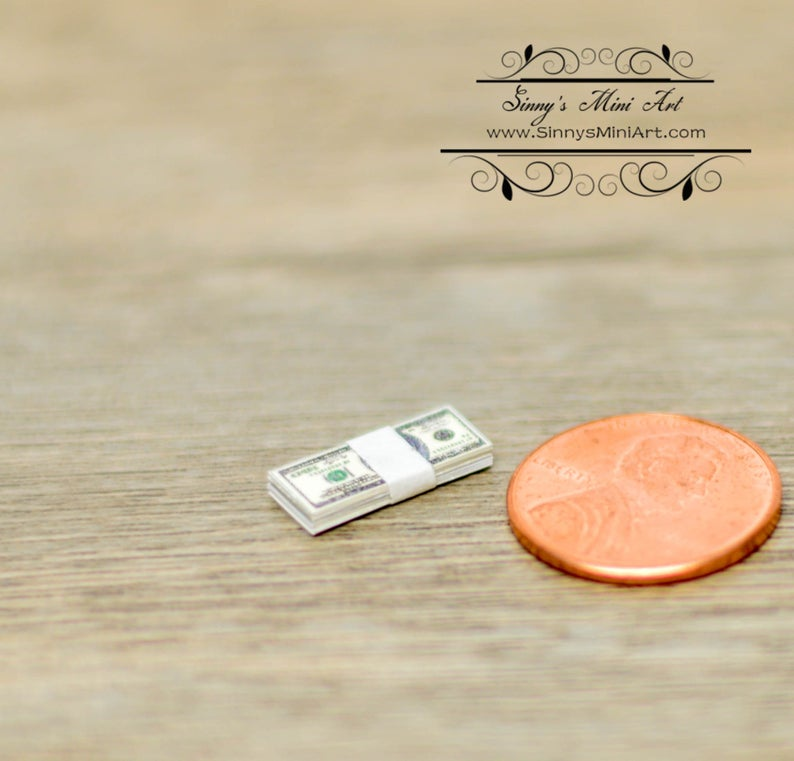 1:12 Dollhouse Miniature Stack of Money BD H500