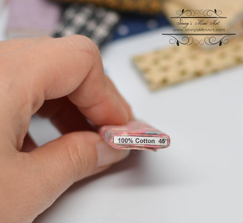 1:12 DIY Dollhouse Miniature 1:12 Dollhouse Miniature Fabric Bolt Boards and Labels(50 PC)/ 50 Cotton Squares for Bolts DI FS300 FS301/Miniature kit DI FS205