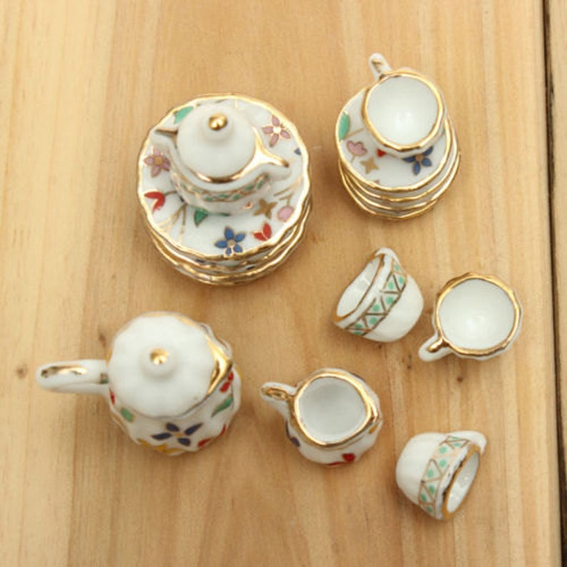 A set (15 pc) of 1:12 Dollhouse Miniature Tea Set/ Miniature plates B35-2