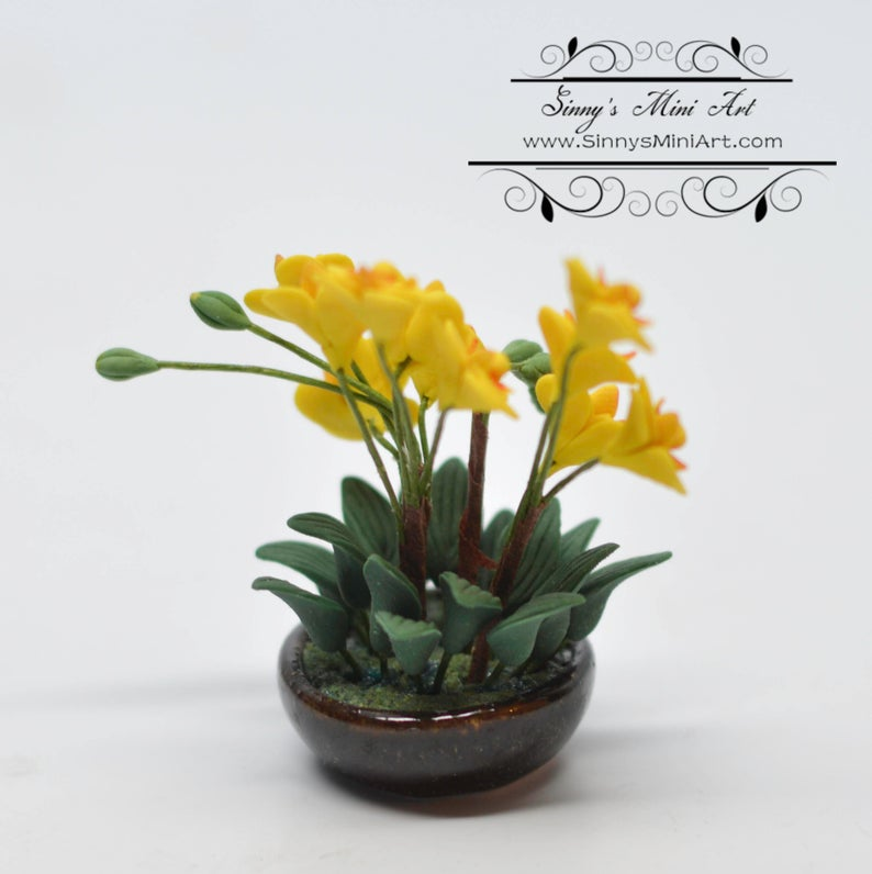 1:12 Dollhouse Miniature Yellow Orchid Arrangement in Pot BD A1180
