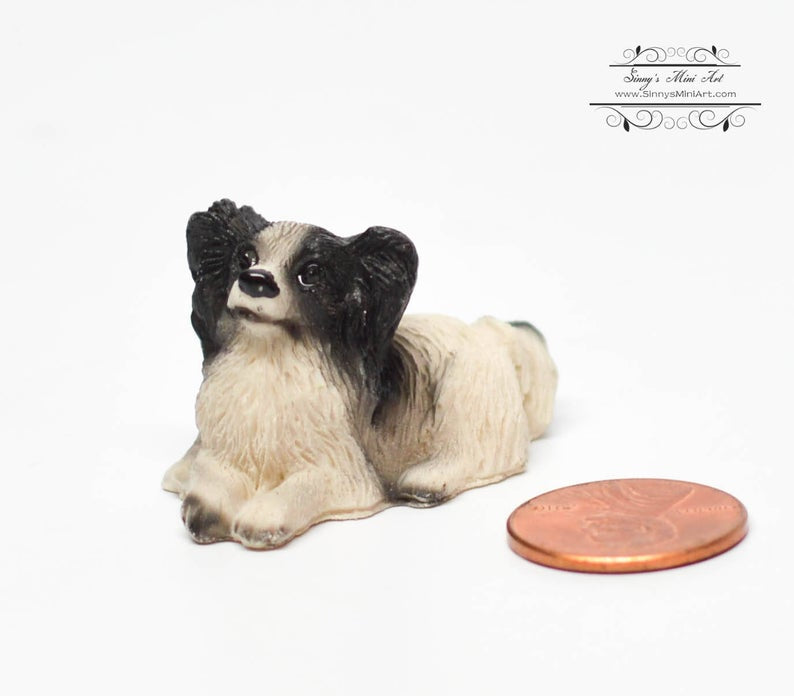 1:12 Dollhouse Miniature Papillon / Miniature Dog AZ IM65138