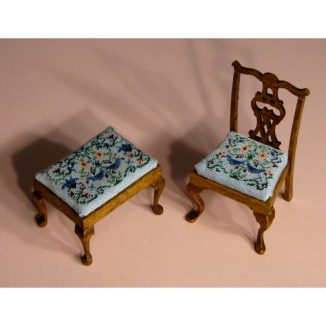 1:12 Dollhouse Needlepoint Rectangular Stool Kit, Strawberry Thief JGD 1103