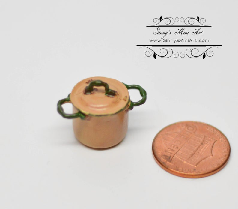 1:12 Dollhouse Miniature Pot with Lid/Miniature Cookware AZ AN1352GD