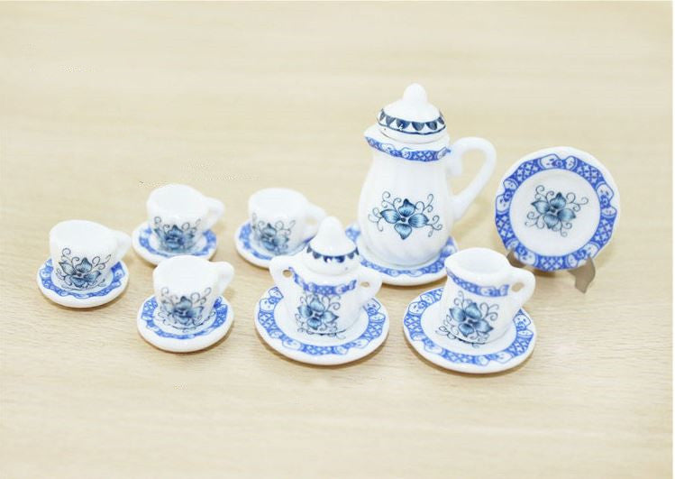 A set (15 pc) of 1:12 Dollhouse Miniature Tea Set/ Miniature plates B35-9