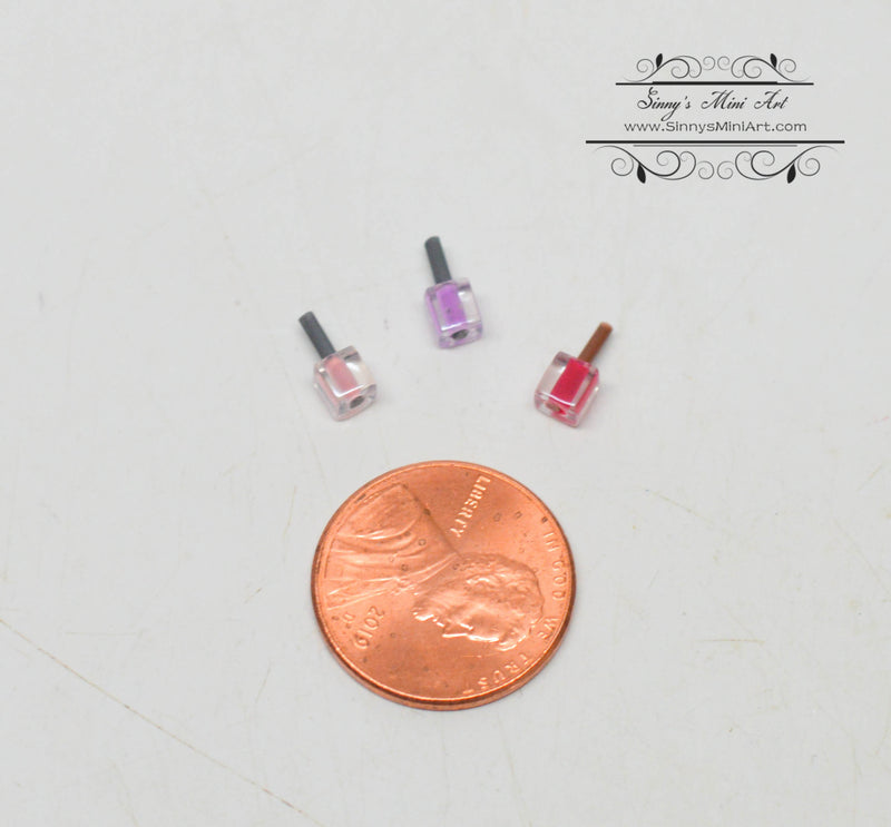 1:12 Dollhouse Miniature Nail Varnish in Glass Light Purple DMUK HD54