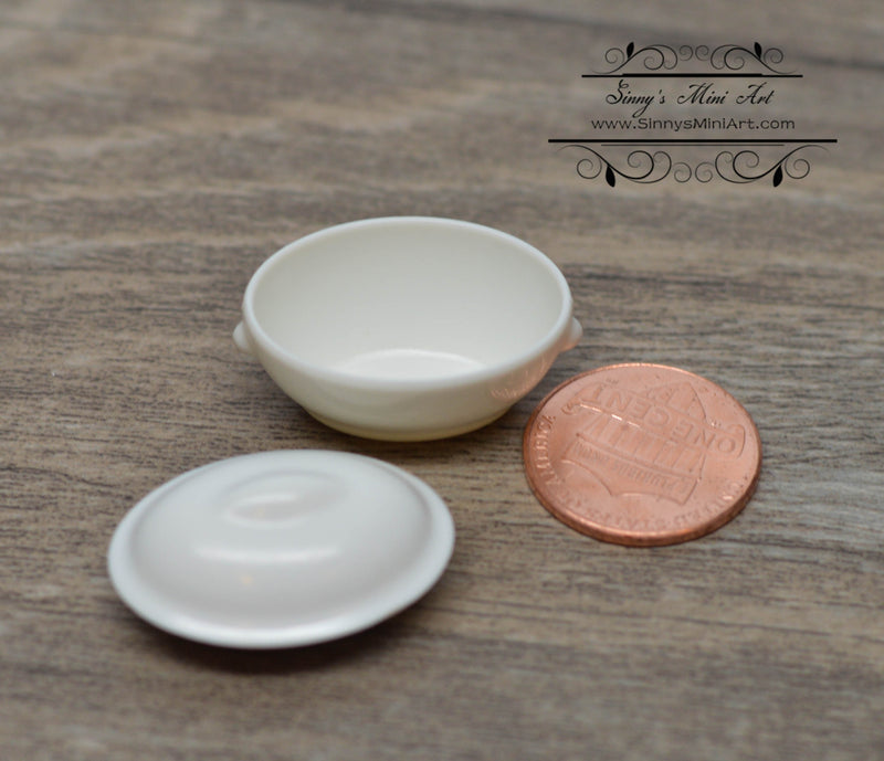 1:12 Miniature White Stew Pot with Lid B12