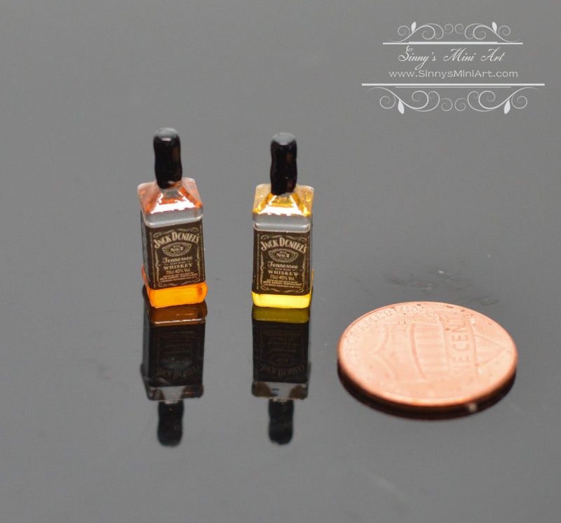1:12 Dollhouse Miniature Whiskey Red / Miniature Alcohol Miniature Drink A70
