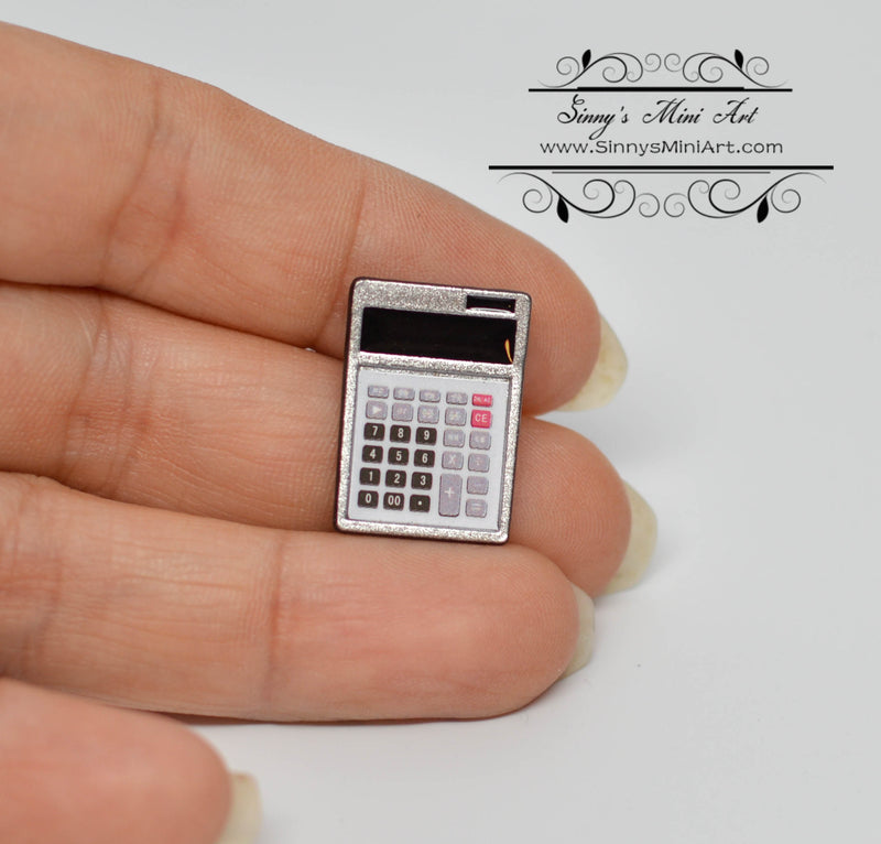 1:12 Dollhouse Miniature Calculator A34