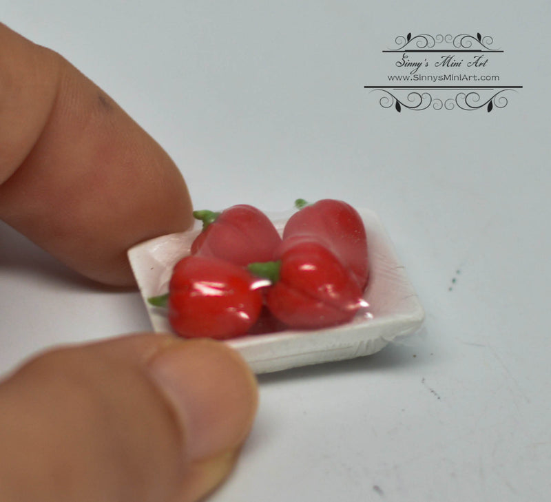 1:12 Dollhouse Miniature Red Pepers in Tray / Miniature Vegetable HMN 1532