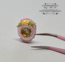1:12 Dollhouse Miniature Panorama Egg Rabbit Pink Easter BD K2850