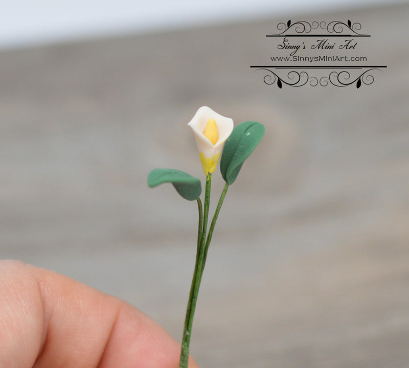 1:12 Dollhouse Miniature Single Calla Lily with Leaves BD E2401