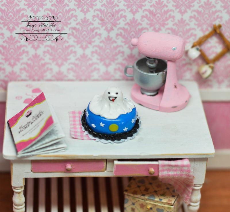 1:12 Dollhouse Miniature Halloween Ghost Cake /Miniature Cake HMN 1535