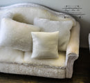 1:12 White Square Pillow/ Miniature Cushion HH BB80003