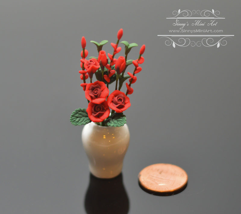 1:12 Dollhouse Miniature Red Roses in Porcelain Vase BD A120