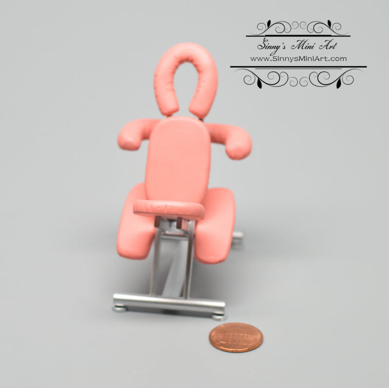 1:12 Dollhouse Miniature Tattoo/ Massage Chair Pink DMUK M198P