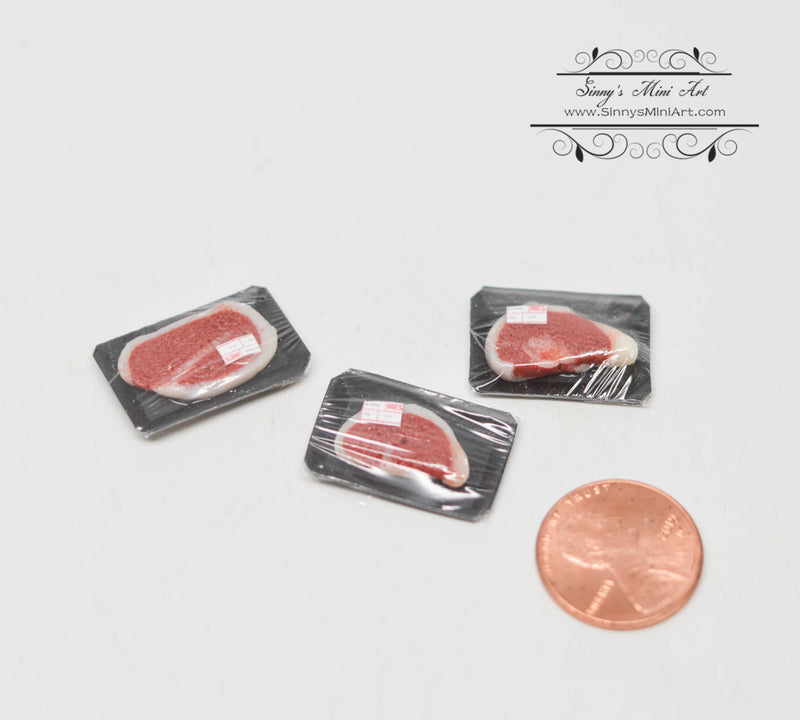1:12 Dollhouse Miniature Pre-packed Steak in a Tray DMUK FF50