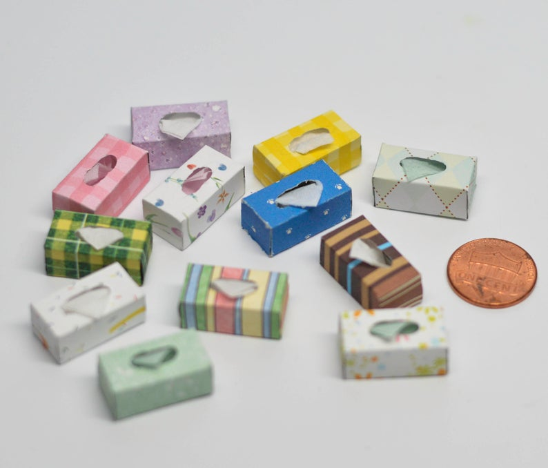1:12 Dollhouse Miniature Tissue Box 12 pc/ Miniatures AZ SH0020