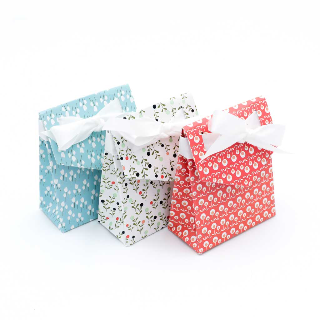 WhimWham,LLC Scandi Floral Flowers Gift Boxes