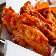 Buffalo Wing Chicken Gift Set