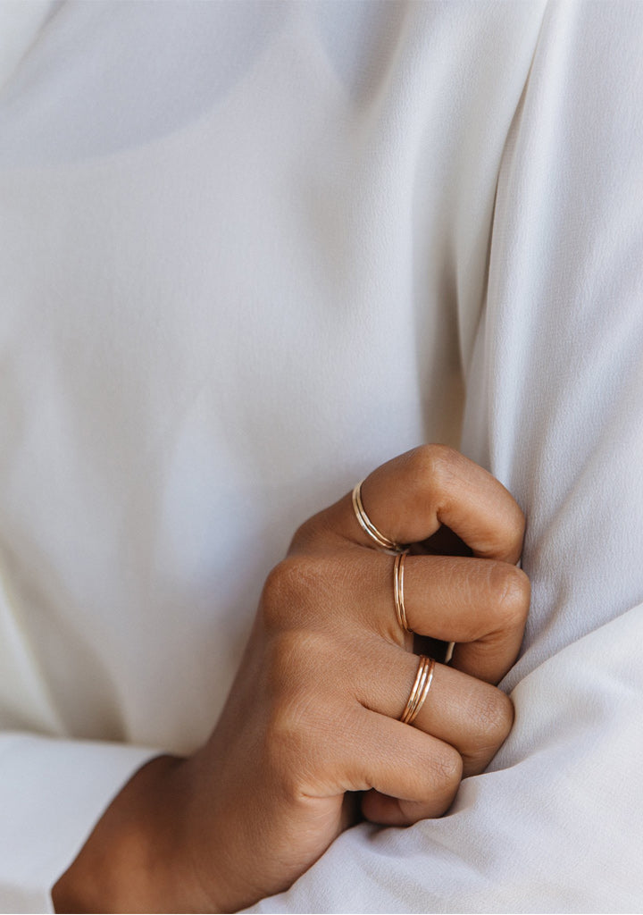 Hammered Stacking Thin Ring - Gold