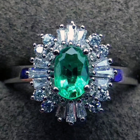 Natural silver oval cut emerald ring