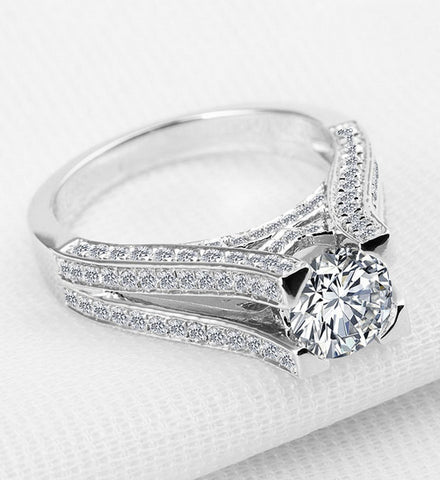 Luxury 1CT round cut diamond silver ring