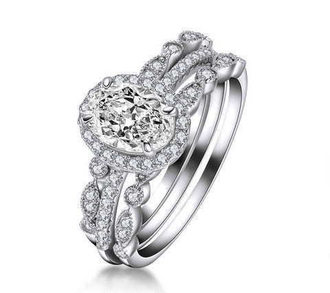 Oval cut diamond engagement ring sets