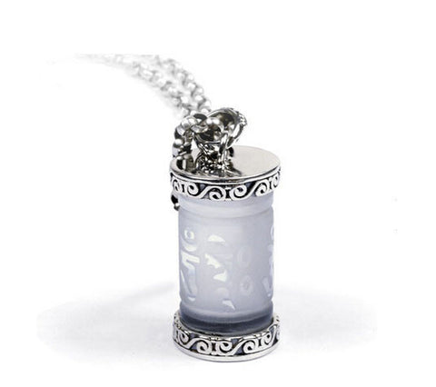 Men's elegant sterling silver crystal pendant & necklace