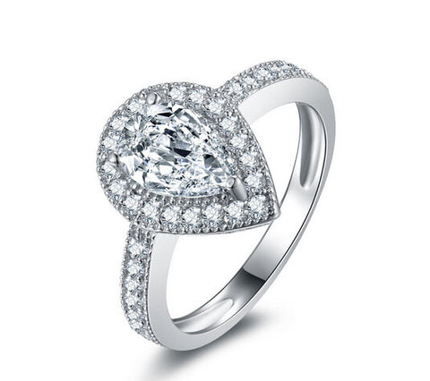 Pear cut diamond engagement ring - MOWTE