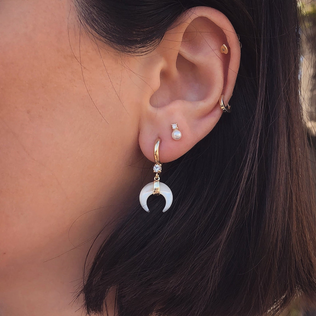 DAINTY MOON EARRINGS | EMMA